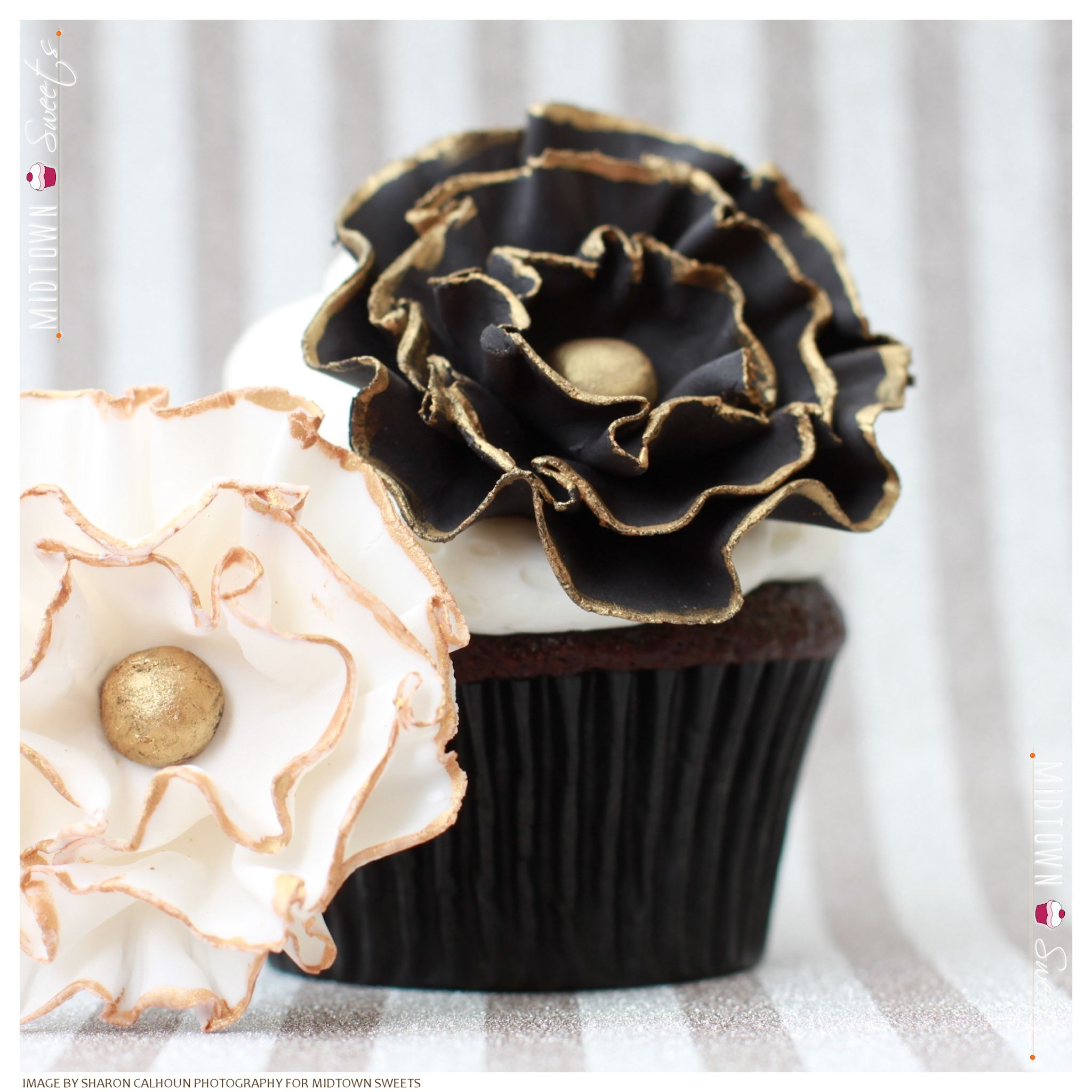 Black & White Flower Cupcakes With Gold Trim